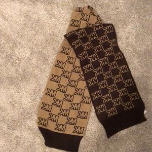 Michael Kors brown two toned scarf